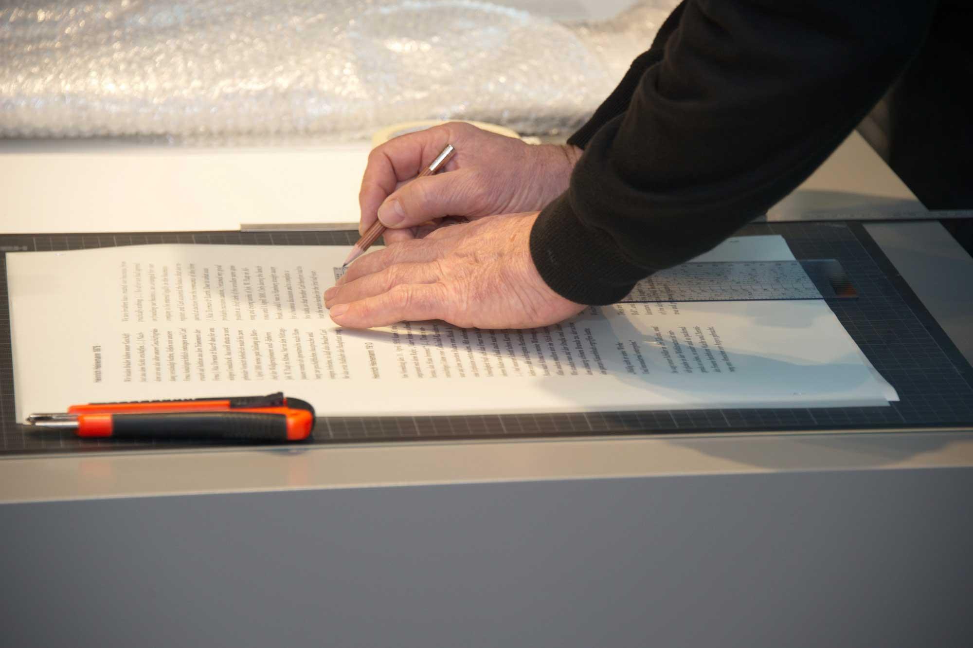 Übertragung von Siebdruckschriften © Atelier Haase - Foto: Katharina Hansen-Gluschitz