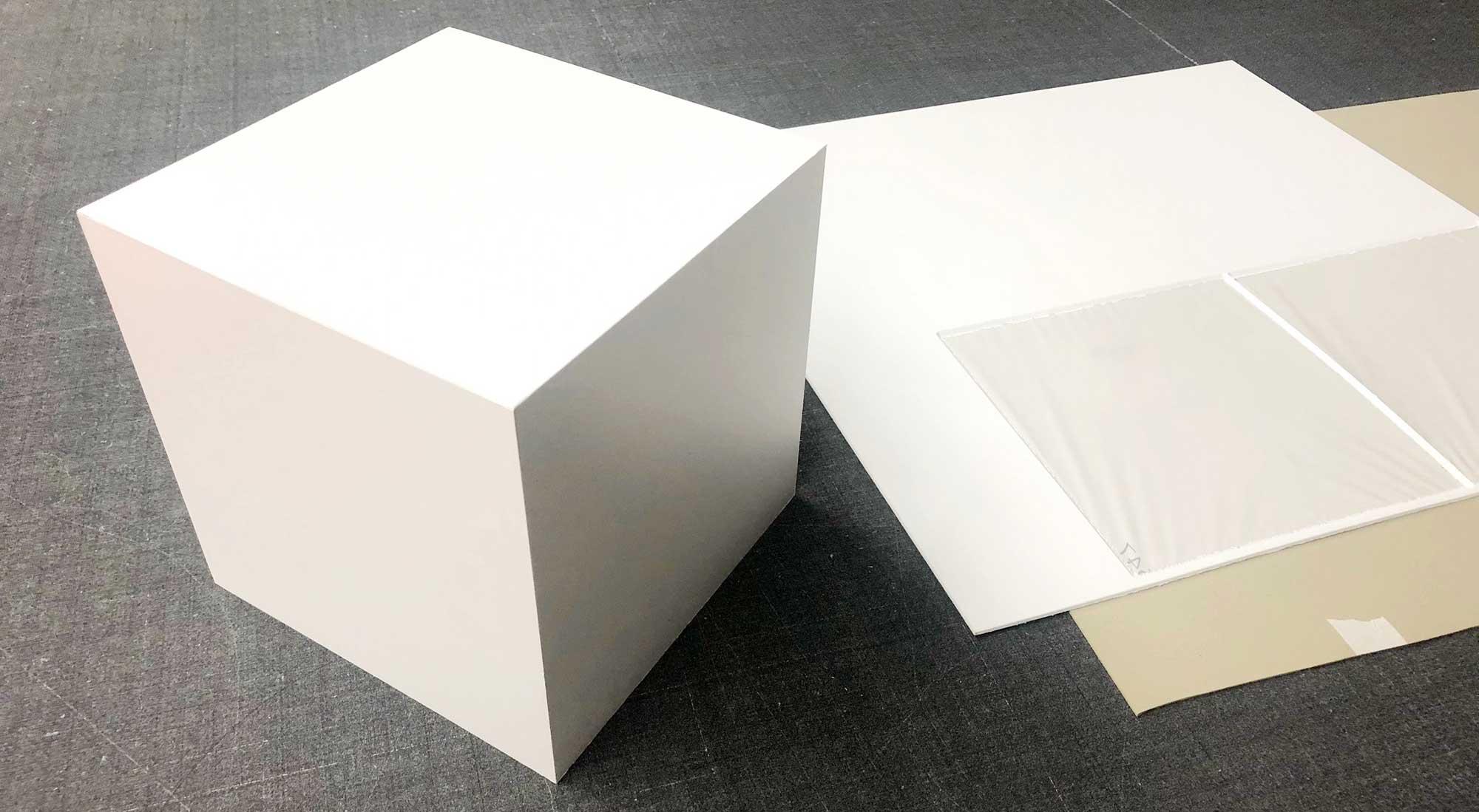 Würfel aus Freischaum © Atelier Haase - Foto: Hans-Heinrich Haase